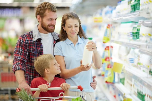Compra de leite em família