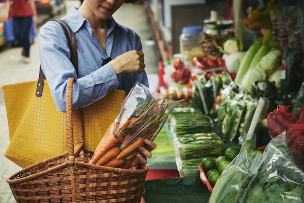 Comprando legumes