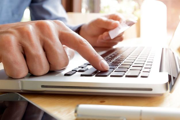 Comprar pessoas teclado notebook computador eletrônico
