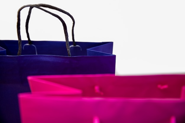 Compras de sacolas de presentes com etiquetas