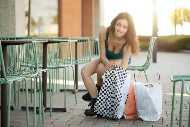 Compras em loja outlet Foto Premium