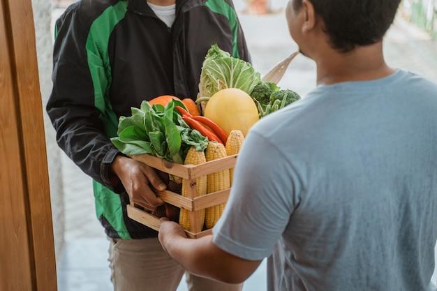 Compras on-line de supermercado em casa