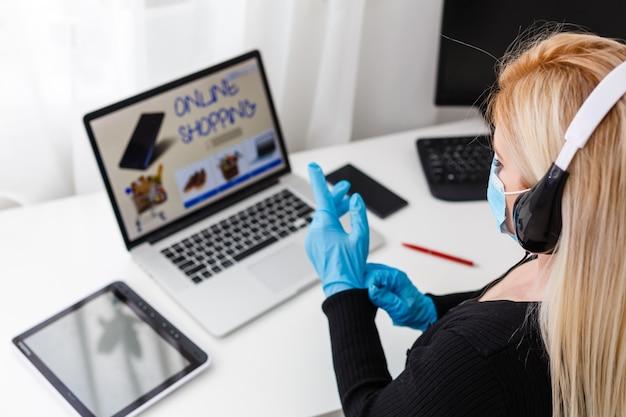 Compras on-line usando o aplicativo durante a quarentena