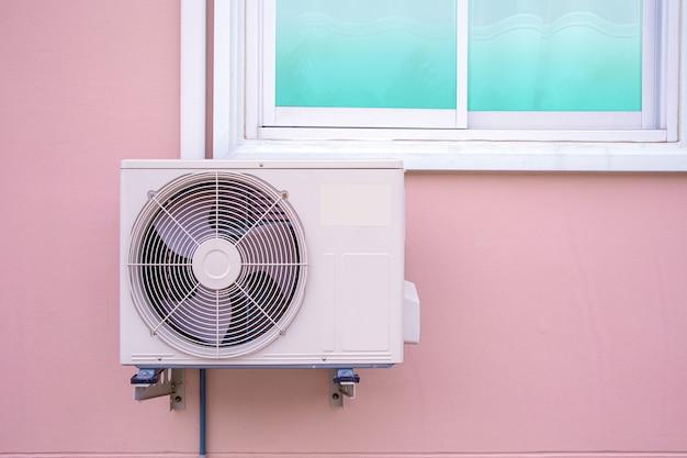 Compressor de ar externo tipo split wall externo.