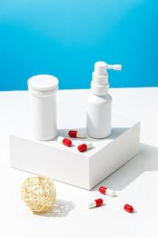 Comprimidos e remédios para spray nasal de infecções por vírus