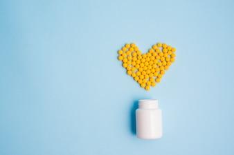 Comprimidos formando coração