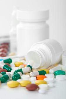 Comprimidos médicos para o tratamento de pacientes