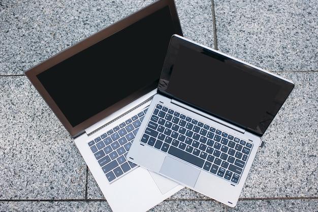 Computador laptop, tecnologia de internet, educação on-line