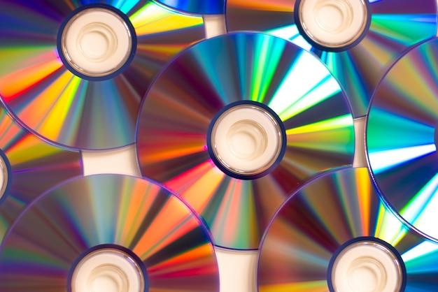 Computador portátil, com, reflexão, cd, dvd, unidade óptica, abertos, conjunto cd-rom