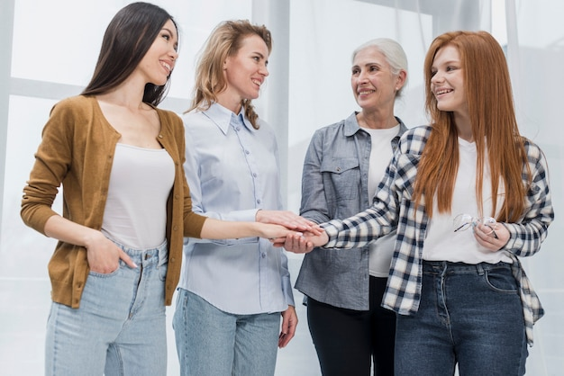 Comunidade da reunião de mulher