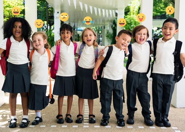 Comunidade online de crianças de escola