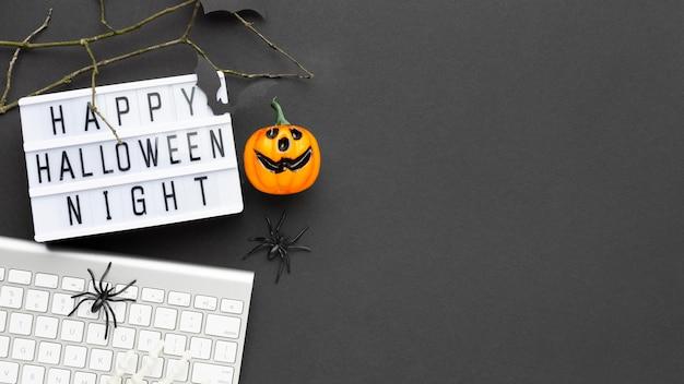 Conceito assustador de halloween de vista superior com espaço de cópia