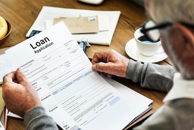 Conceito bancário do formulário de solicitação de empréstimo Foto Premium