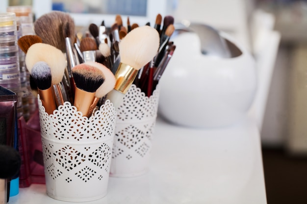 Conceito cosméticos, maquiagem, beleza e frescura,