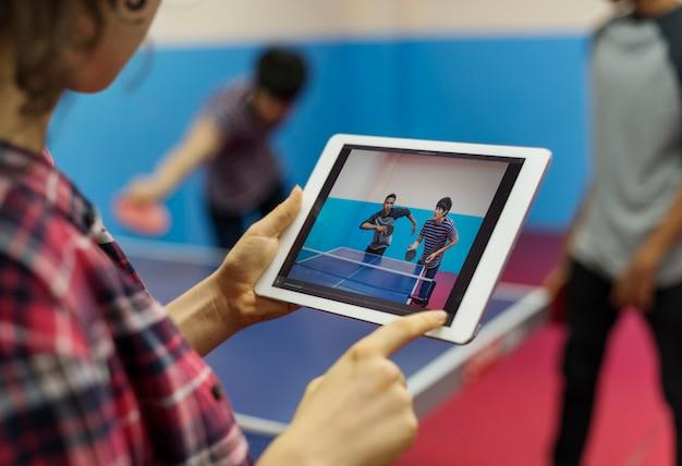 Conceito da atividade do esporte do tênis de mesa do tênis de mesa