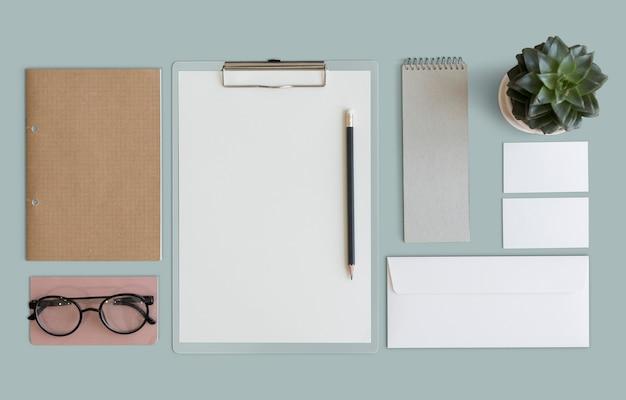 Conceito da organização do papelada documento estacionário