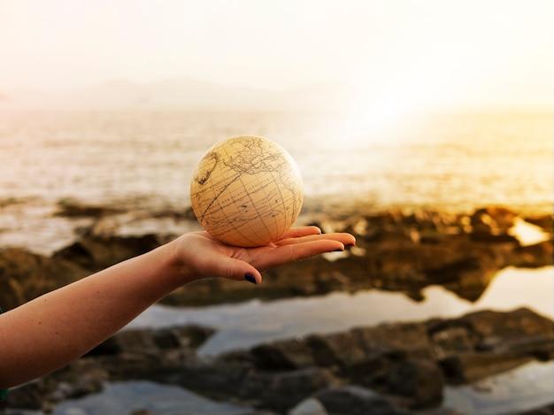 Conceito da viagem da aventura do mar do fim de semana do verão do curso das férias.