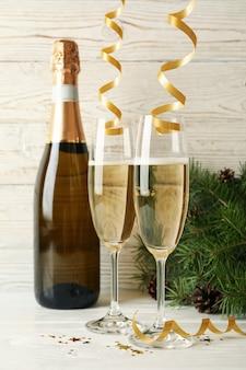 Conceito de ano novo com champanhe