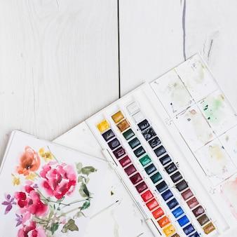 Conceito de artista colorido com elementos em aquarela