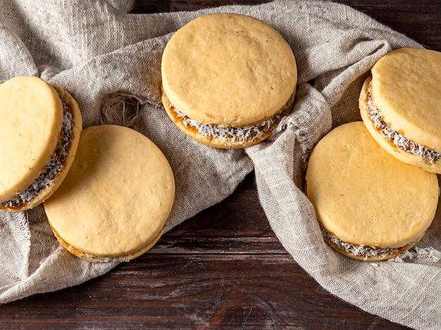 Conceito de biscoitos alfajores deliciosos