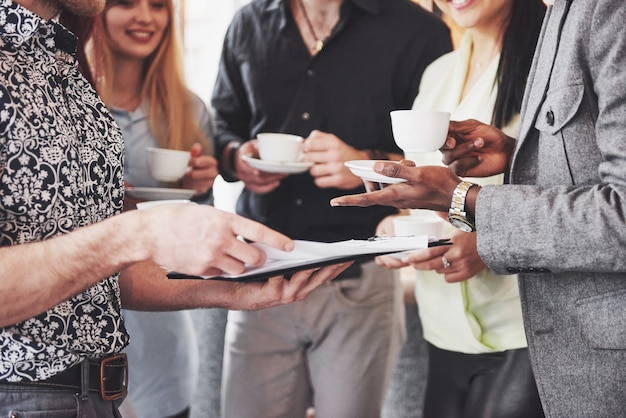 Conceito de brainstorming de trabalho em equipe
