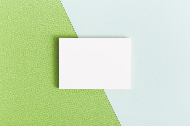 Conceito de cartão de visita de papelaria vista superior