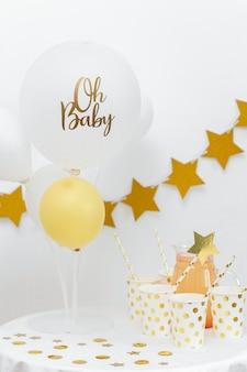 Conceito de chá de bebê com balões