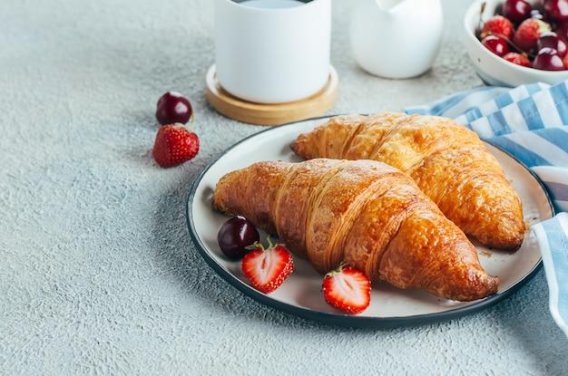 Conceito de comida de pequeno-almoço delicioso