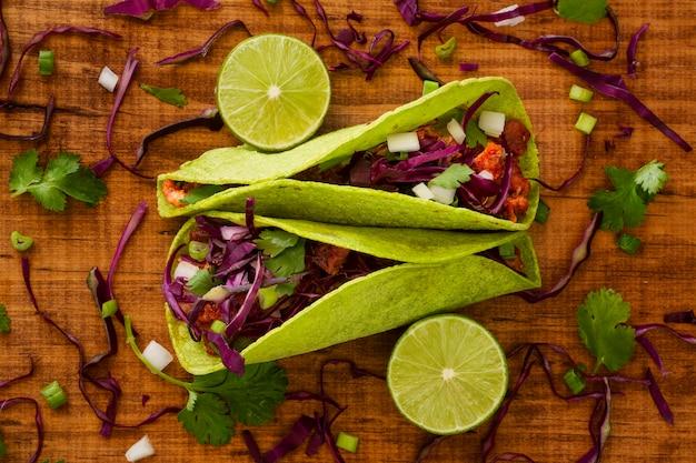 Conceito de comida mexicana acima vista