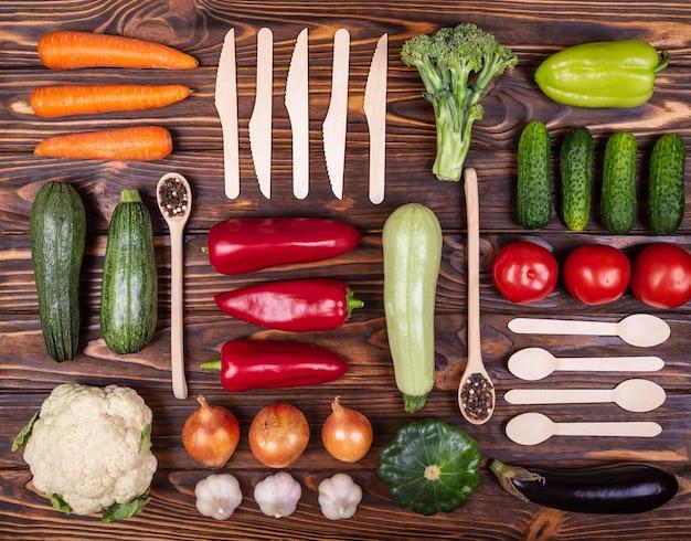 Conceito de comida vegetariana de composição orgânica de vegetais orgânicos