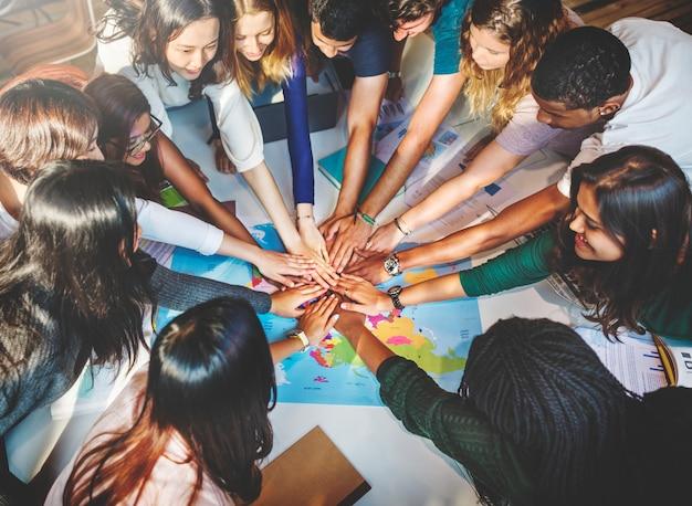Conceito de comunidade de grupo de equipe de solidariedade classmate