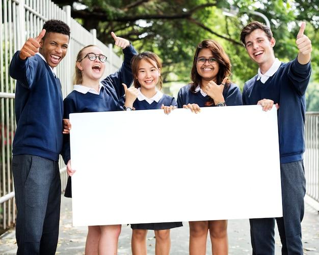 Conceito de conhecimento de pessoas de estudantes de educação