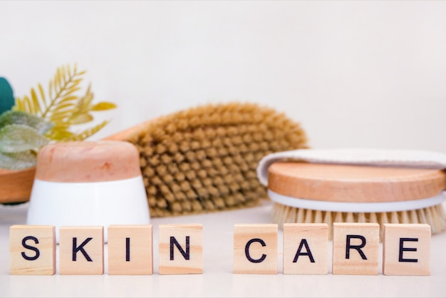 Conceito de cuidados com a pele. cuidados com a pele em casa. acessórios naturais para tratamentos de spa.