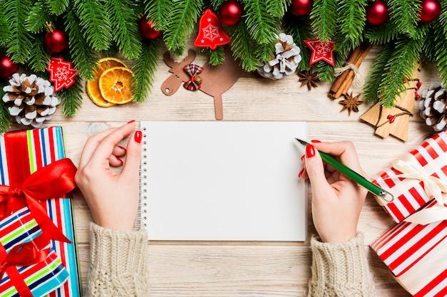 Conceito de decorações de natal feliz ano novo