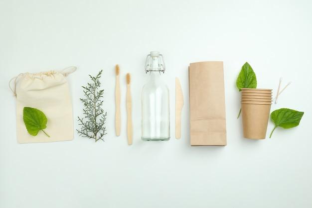 Conceito de desperdício zero ecológico em branco