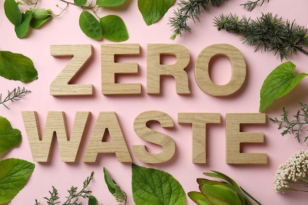Conceito de desperdício zero ecológico na superfície rosa