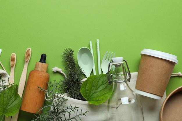 Conceito de desperdício zero ecológico na superfície verde