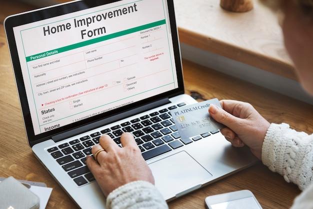 Conceito de detalhes de pessoal de formulário de melhoria doméstica