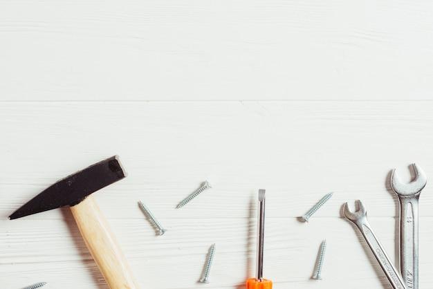Conceito de dia dos pais com ferramentas e copyspace