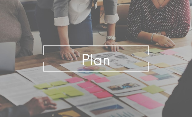 Conceito de discussão de design de estratégia de planejamento de plano