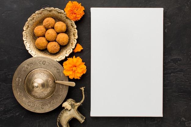 Conceito de diwali com espaço de cópia na mesa