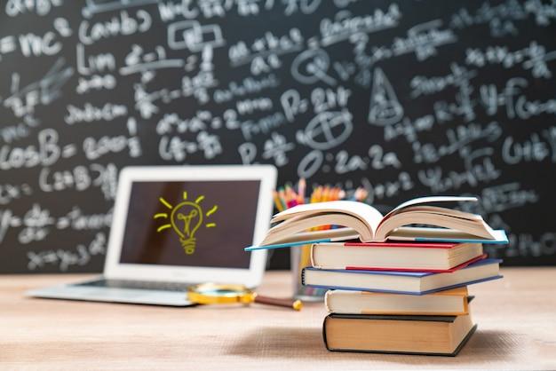 Conceito de educação - livros