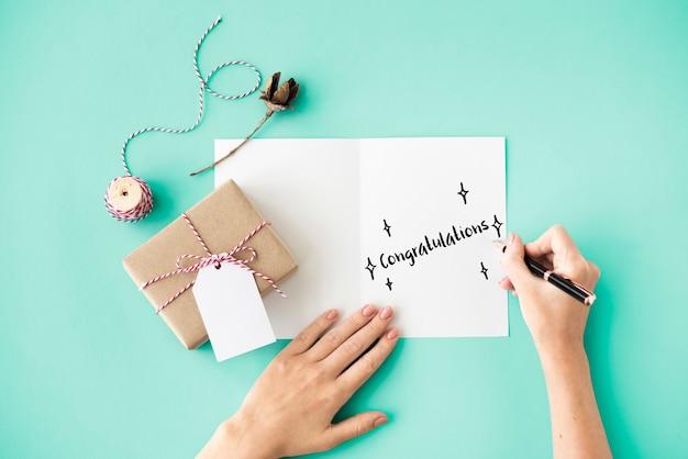 Conceito de escrita de cartão de celebração