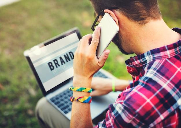 Conceito de estratégia de negócios de marketing de marca da marca