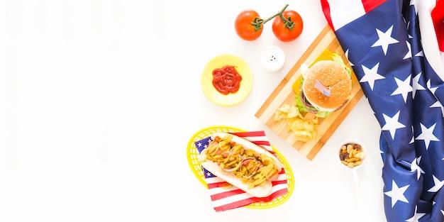 Conceito de fast-food americano com cachorro-quente