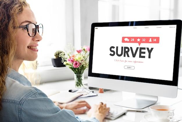 Conceito de feedback de avaliação de opinião de sugestão de pesquisa