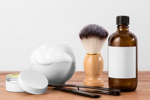 Conceito de ferramentas de barbearia de vista frontal