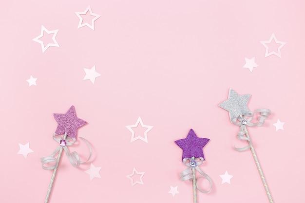 Conceito de festa de aniversário de menina crianças estrelas brilhantes e decoração festiva de papel