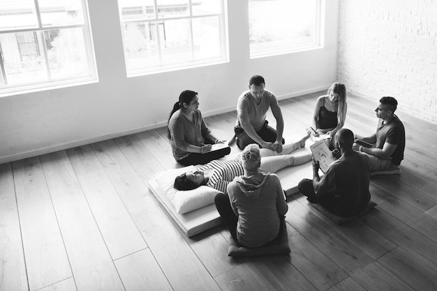 Conceito de formação de massagem de bem-estar de saúde