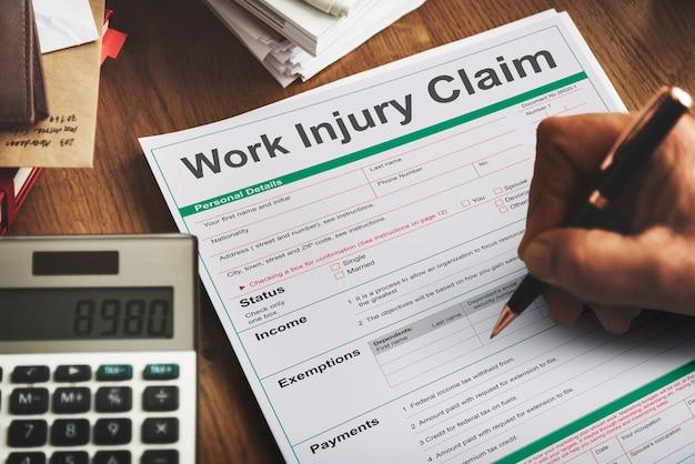 Conceito de formulário de indenização por acidentes de trabalho